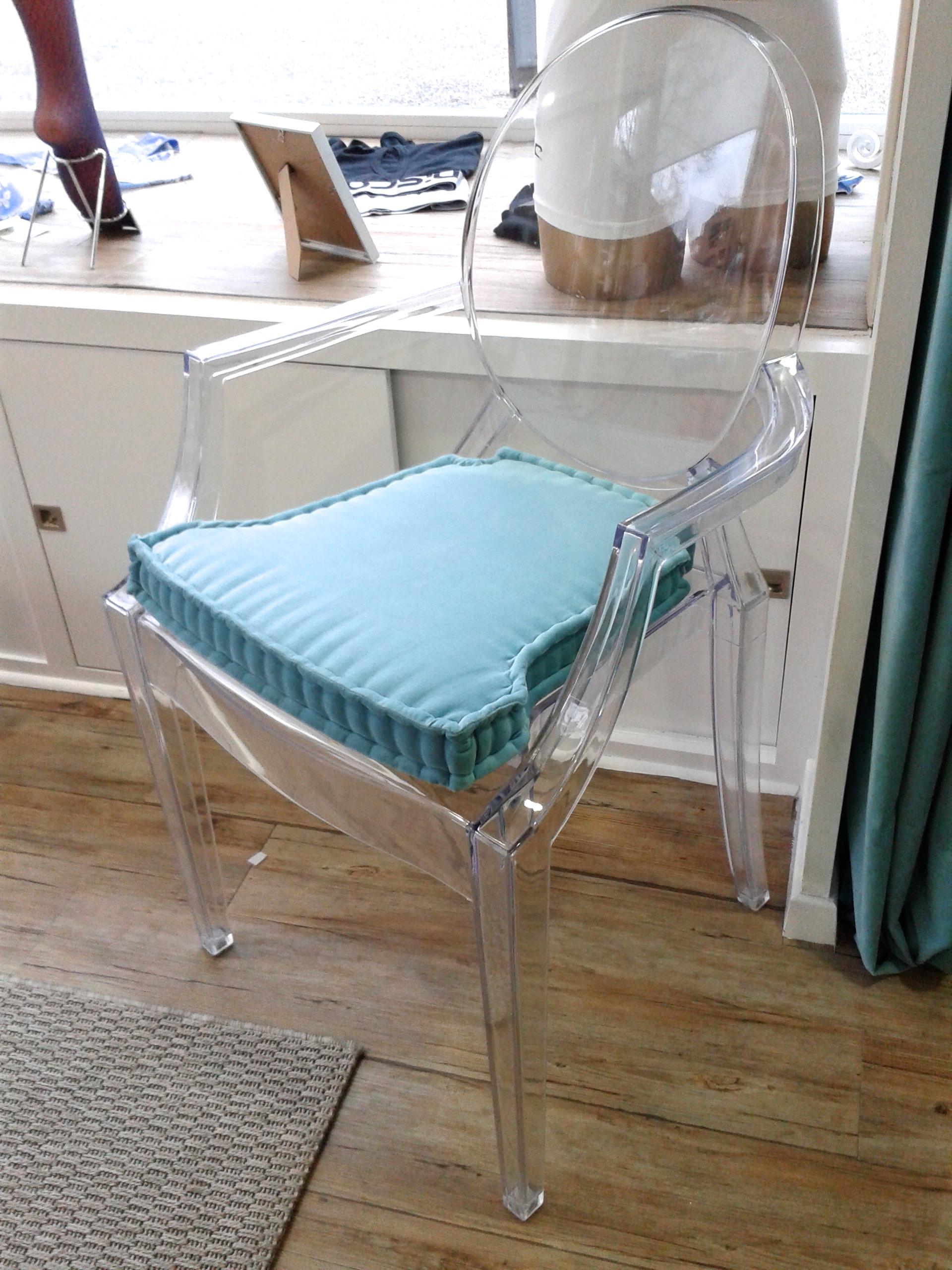 Coj n artesanal para la silla ghost look cushion sofas for Cojines para sillas walmart